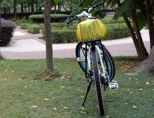 Защита от дождя для рюкзака или велосумки