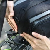 Фото велосумка на багажник Roswheel 13 литров водонепроницаемая