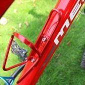 Картинка флягодержатель для велосипеда на раму алюминиевый