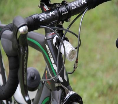 Крепление для аксессуаров универсальное Trigo на руль велосипеда